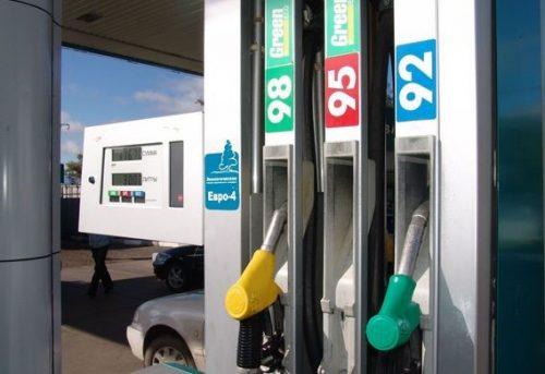 Какой бензин заливать в Ниссан Альмера